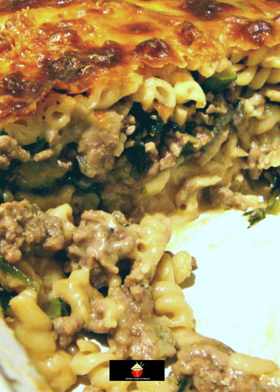 Cheesy Beef and Spinach Pasta Bake. Delicious oven-baked beef and spinach pasta casserole, baked in a rich cheese roux sauce to give you a great dinner. Easy to make and very tasty!