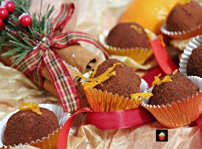Orange Chocolate Truffles, luxuriously creamy and decadent, these are easy to make and perfect for gifts and parties!