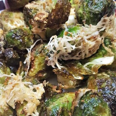 A delicious simple, quick and easy recipe with great flavours. Uses minimal oil, super crispy on the outside and tender on the inside.