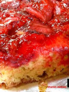 Easy Strawberry Upside Down Cake. Uses simple ingredients and the cake turns out soft and fantastic tasting.