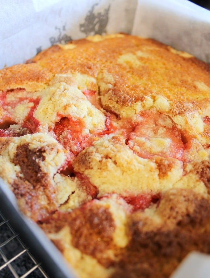 Easy Homemade Strawberry Cake. Leave in the pan for 5 minutes before cooling on rack