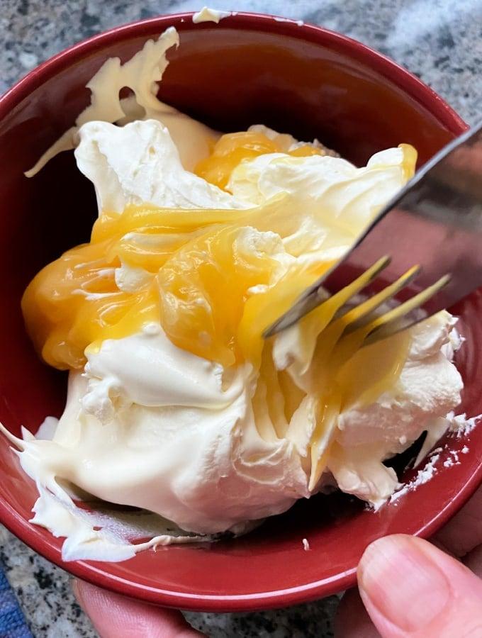 Combine lemon curd with cream