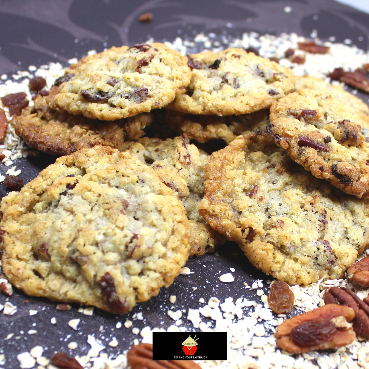 Pecan and Raisin Oatmeal CookiesF