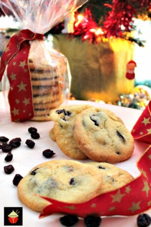 Here's a selection of our cookies and sweet treats recipes, great for Christmas, Easter and many more holidays. Easy recipes with simple ingredients.